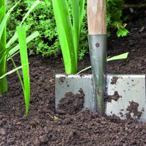 Как определить тип почвы на участке и улучшить ее плодородие?